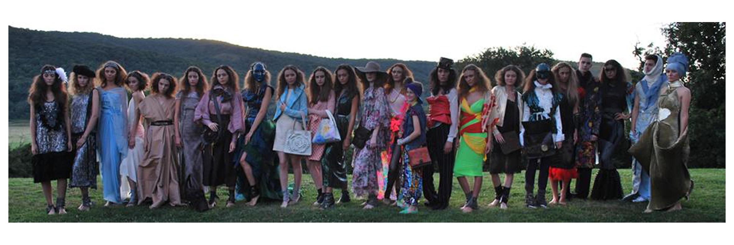 Timeless - Chic by Vali Cioban Fashion Show - Feeric Fashion Week 2017